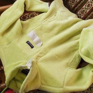 Patagonia neon retool snap pullover green cream